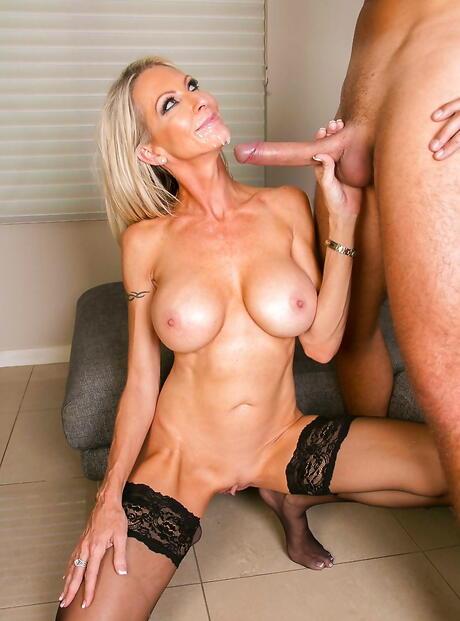 Big Tits Cumshots Pictures