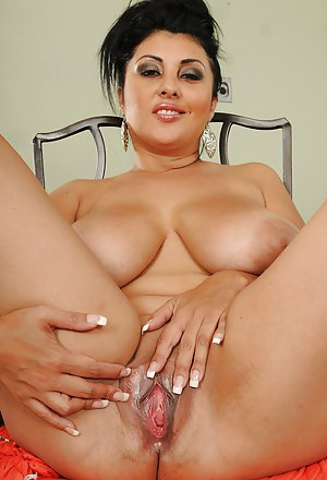 Big Tits Masturbating Pictures