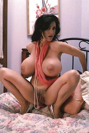 Big Tit Milf Pictures