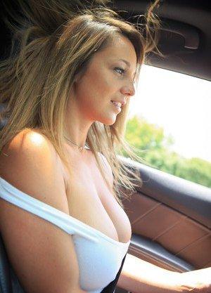 Amateur Big Tits Pictures